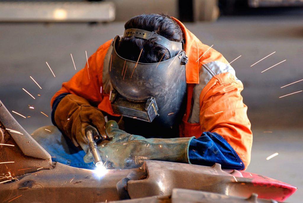 Sự nguy hiểm của cháy, nổ trong quá trình hàn cắt kim loại bằng ngọn lửa khí cháy